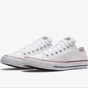 NWT brand new white low top converse size 8/10